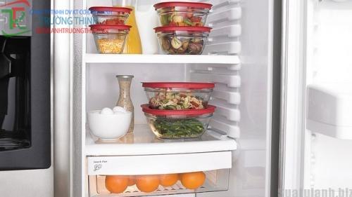 Để tránh ngộ độc thức ăn khi bảo quản trong tủ lạnh