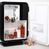 Mỹ phẩm để trong tủ lạnh nên hay không nên?