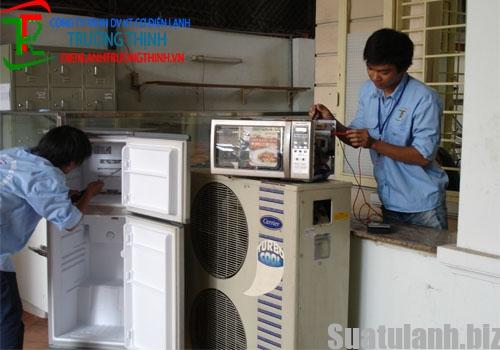 Cách khắc phục tình trạng điện rò ra vỏ tủ lạnh